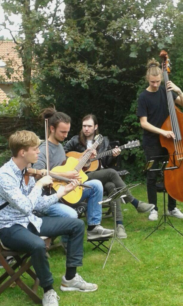 die 4 Musiker